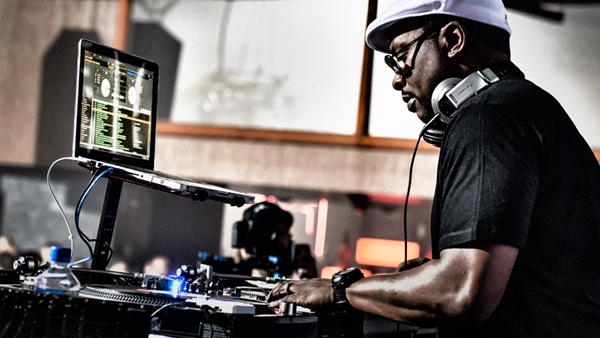 Serato DJ Jazzy Jeff [Videos]