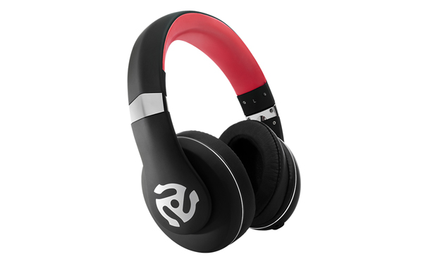 numark-hf350-headphones