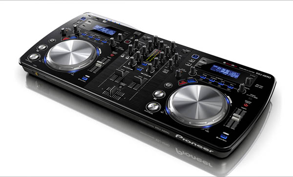 [Video] Pioneer XDJ-AERO&#8217;s New Firmware 2.0