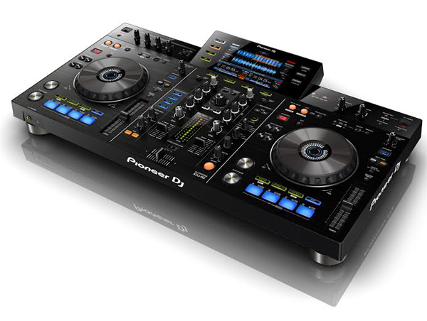 NAMM 2015: Pioneer XDJ-RX [Video]
