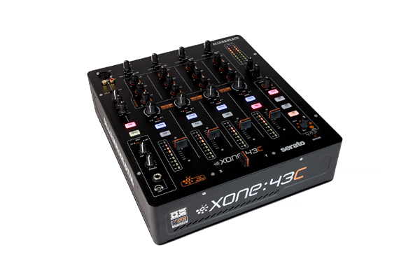 Allen & Heath Xone:43C Mixer Unboxing [Video]