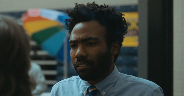 2016-10-27-donald-glover-making-people-happy