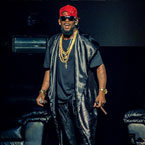 2015-10-29-r-kelly-drake-privilege-switch-up