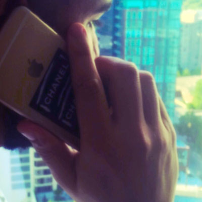 07275-drake-right-hand