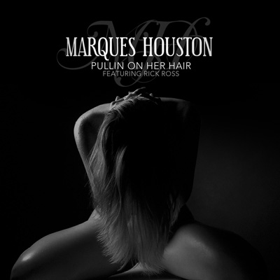 marques-houston-pullin-her-hair