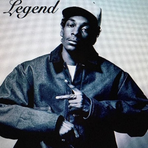 06296-snoop-dogg-legend